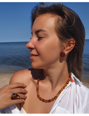 Cognac Baltic Amber  beads. Amber necklace colors.