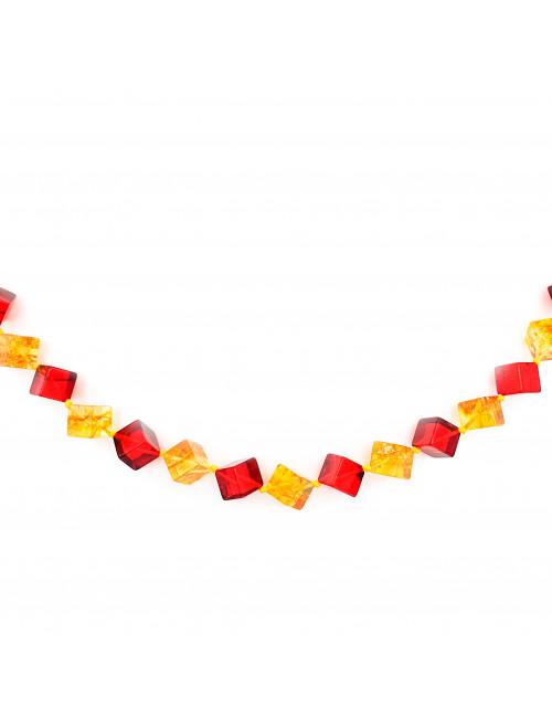 Серебряные кольца женские с янтарем